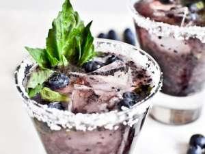 Fragrance:  Basil Blueberry